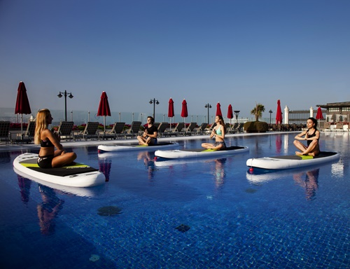 1496923378_SUP_Yoga___Four_Seasons_Bosphorus__3_